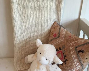 Crochet decorative throw or baby girl gold interface afghan