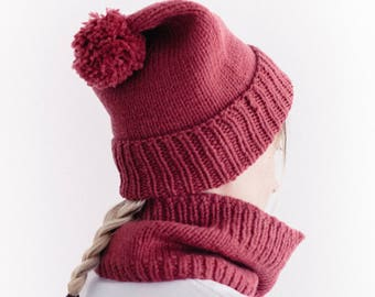 Hand knitted wool cap and cowl