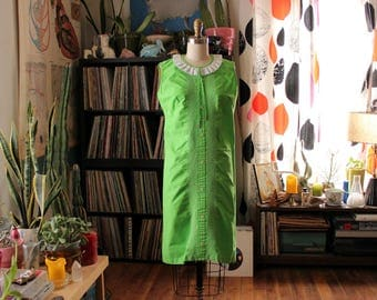 vintage lime green shift dress . 1960s 70s dress, sleeveless with tuxedo stripe front . womens small medium . as is sale