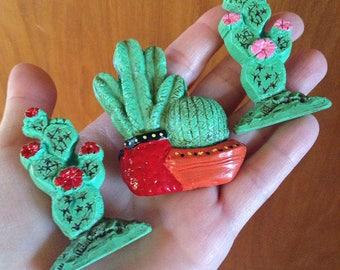 CACTUS brooch pin handmade hand painted joshua tree desert succulents resin plastic novelty pottery