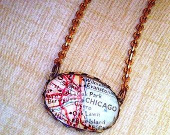 Vintage Chicago map Pendant Necklace // oval glass map necklace jewelry - the windy city - Chi Town - Southside