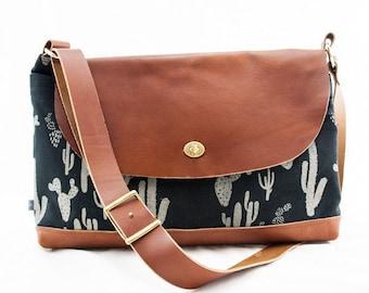 Messenger Bag-Cactus print