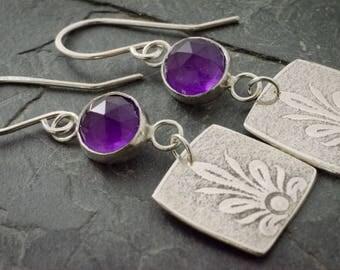 Amethyst Silver Earrings. February Birthstone Jewelry. Art Deco Earrings. Amethyst Cabochon. Floral Earring. Amethyst Birthstone.