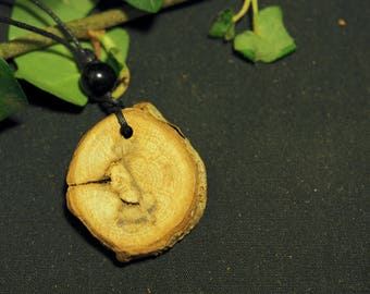 Natural English Oak Wood Pendant - Strength and Courage - Pagan, Wicca, Witchcraft, Druid, Ogham