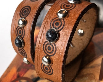 Honey Brown Leather Dog Collar with Etched Circles & Studs, Size S, to fit a 10-13in Neck, Small Dog, Eco Friendly, Recycled Belt, OOAK