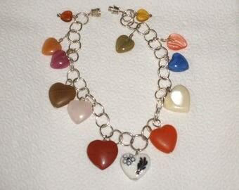 Anklet with multiple kinds of heart shaped gem stones