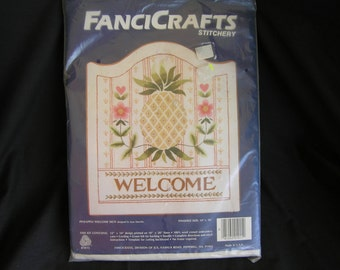 JCA Pineapple Welcome Sign Crewel Embroidery Kit, FanciCrafts Stitchery