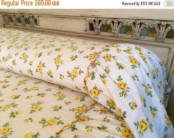 BIG SALE - Vintage Coverlet Bedspread - Yellow Roses Gathered Bedskirt - Cottage Chic - Twin - Lightweight Cotton