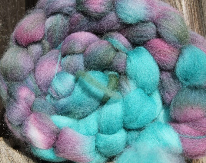 Kettle Dyed Cheviot Wool Top.  Easy to spin. 4oz  Braid. Spin. Felt. Roving. C100