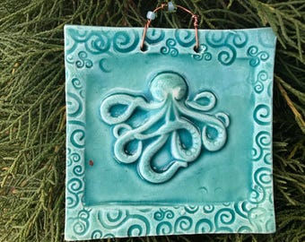 Octopus Mini Tile in Outrageous Carribean Blue