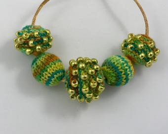 Kit - Knitted Chunky 5 Bead Necklace