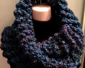 SALE Outlander Sassenach Cowl chunky knit, blue, womens, outlander, sassenach claire starz , chunky cowl, Outlander Cowl, Outlander Scarf