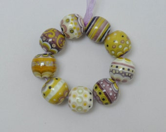 25% off - Pistaches et violettes II - Lampwork beads by Loupiac