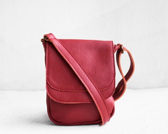 Mini Crossbody Bag in Cranberry Red / Crossbody Bag / Red Bag / Messenger bag / Red Leather Bag / Leather Satchel / Leather purse