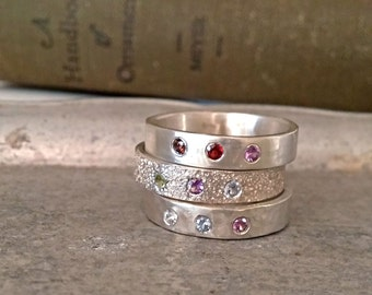 Sterling Silver Family Ring Embossed with Sand, Mothers Ring with Birthstones, Beach Ring
