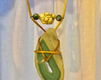 Agate tangle pendant