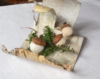 Felted Wool Acorns / 3 felt wool acorns  choice as an ornament / Choice of color / 3 sizes / Home decor / Christmas ornaments