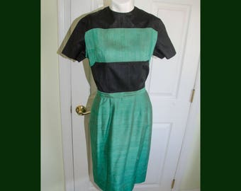 Vintage 1950s Green and Black Striped Shatung Dress B36 W 25