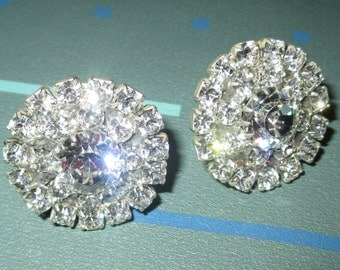 Vintage Showy Rhinestone Round Clip Earrings