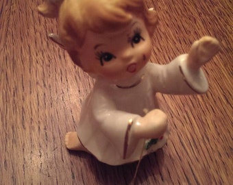 Sweet Vintage Girl Angel on her knees holding a star Figurine Joseph Original