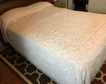 Vintage Pink and White Chenille Cutter Bedspread