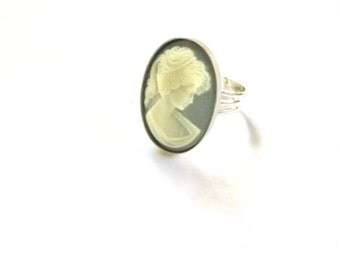 Cameo Ring, Grey and Silver Cameo Ring, Cameo Jewelry, Vintage Cameo Ring