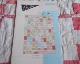 LeJardin Quilt Pattern MODA 66x90 in Sewing