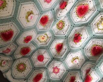 Hearts and Flowers crochet blanket pattern, instant download PDF crochet pattern, crochet baby blanket pattern, crochet throw