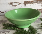 Vintage Hall Bowl - Green 546 Restaurant Ware - Industrial Cereal Bowl Footed