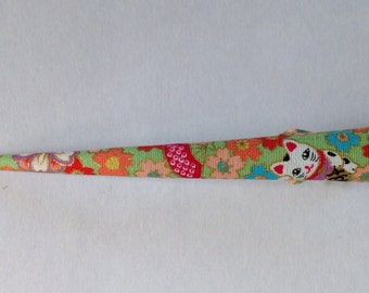 Large Hair Clip - Japanese Fabric Covered, Japanese Accessory, Manekineko, Flower, Green, Metal Concord Clip, Kimono Beak Clip, Handmade