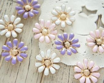 8 pcs Metal Flower Daisy Cabochon/ Motif/ Resin inclusions (18mm) AZ403