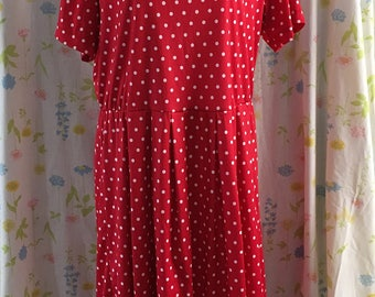 Anthony Richards red polka dot size 16