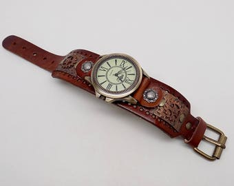 Steampunk watch .Steampunk wrist watch. Quartz watch