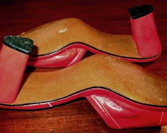 Mules 1970's Patent Leather NWOT Red Disco Diva Funkadelic 9M Ball Of Foot 3.5 Length 10 Heel 3