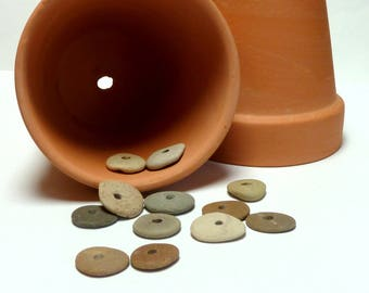 Genuine Drilled Beach Stones CLAY POT Jewelry Beads Natural Flat Spacers Michigan Mixed Pebbles Rock Spacers Donuts Wheels Rondelles