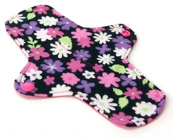 """8"""" Ultrathin Reusable pantyliner - Cloth winged liner - Cotton Flannel top - Meadow"""