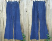 """Vintage 1970s Pants  //  Vtg 70s PACIFIC PLAY TOGS of California Distressed Navy Blue Corduroy High Waist Wide Leg Flares  //  26"""" waist"""
