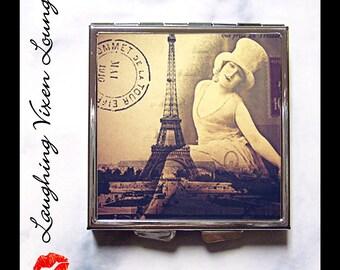 Eiffel Tower Pill Box - Paris Compact Mirror - Pill Case - Vintage Women - Purse Mirror - Makeup Mirror - Romantic Paris Style-D