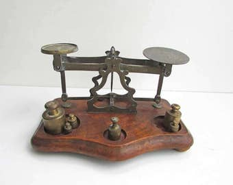 Antique Victorian 1890 Vintage Perry, London, Brass and Wood Balance Scales for Letters, Precious Metals, Victorian Office Decor, Old Patina