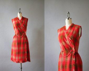 Vintage 60s Dress / 1960s Wrap Dress / 60s Fringed Knit Fitted Plaid Wrap Dress M medium
