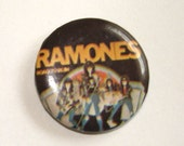 vintage RAMONES Road to Ruin rock and roll 1980s punk pinback