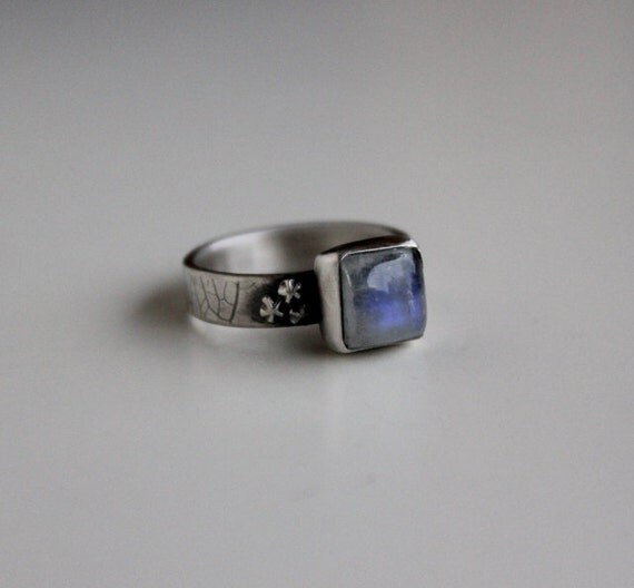 moonstone rings with stars - photo #13