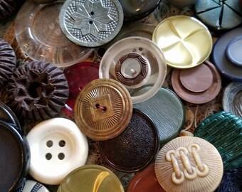 Vintage Buttons -  Great Value- Huge lot 162 large size assorted estate sale lot.,  (lrg5)
