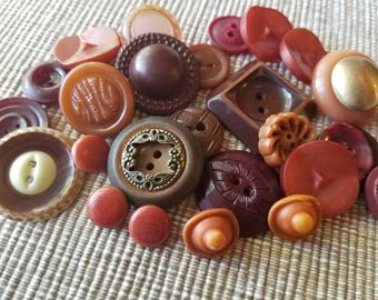 Vintage Buttons - Cottage chic mix of reddish brown lot of 25 old and sweet( may 48 17)