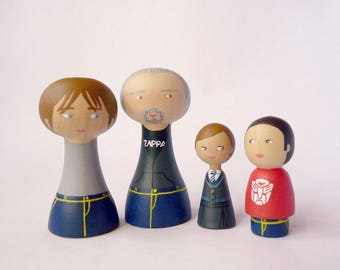 Custom Family Portrait of 4 Dolls Grandperent teenager and children or pets - father mother child baby FREE SHIPPING