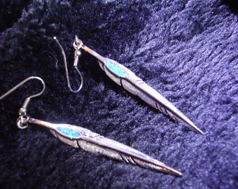 LONG FEATHER EARRINGS, 2 inch, silver with crushed turquoise. Vintage 1960s