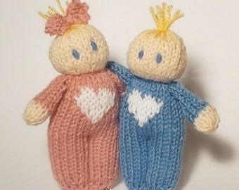 Love hearts Bitsy Babies knitting pattern