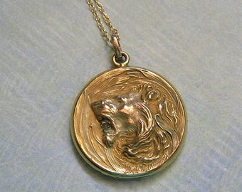 Antique Gold Filled Lion Locket Necklace, Gold Filled Locket Necklace, Repousse Lion Locket, Old Lion Locket (L263)