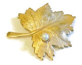 Vintage Brooch Upcycled Leaf Magnet, Gold Toned with a Faux Pearl,  Home Decor
