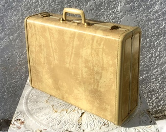 Classic Vintage Cream-colored Samsonite Suitcase, Hard-Sided, Rubberized Trim, Brass Hardware, Sage Green Silky Lining